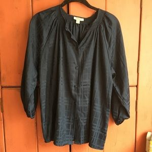 Like new Tucker for Target navy button up blouse